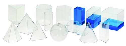 Geometrische  vormen, vulbaar met vloeistof, 15 vormen tot 10 cm hoog.