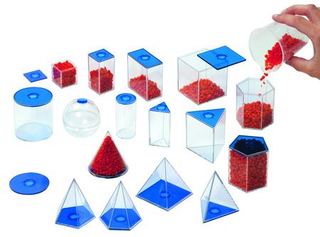 Geometrische  vormen, vulbaar met vloeistof en af te sluiten met deksel. 17 vormen tot 10 cm hoog.